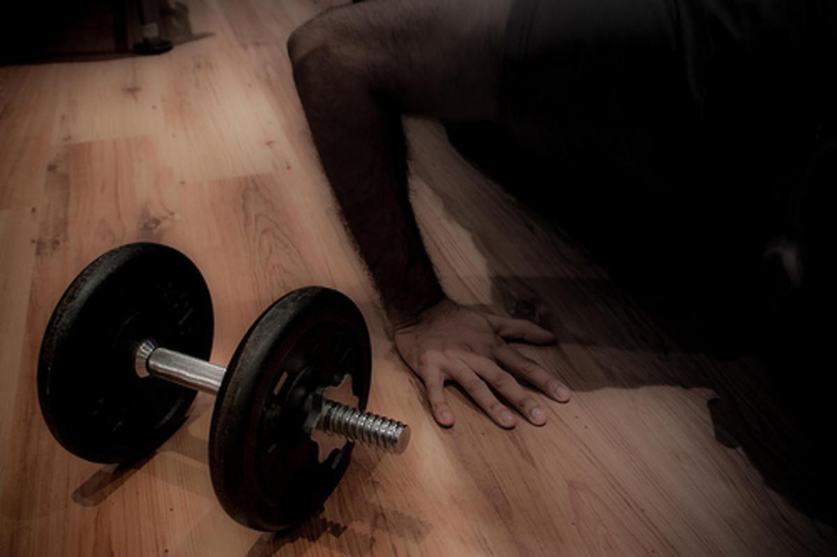 Best dumbbell exercises for abs.
