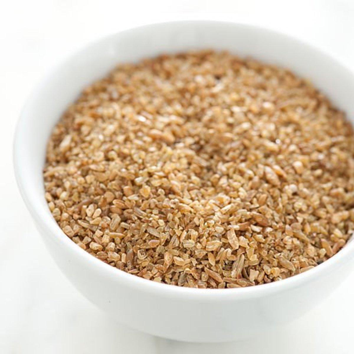 Uncooked Freekah grains
