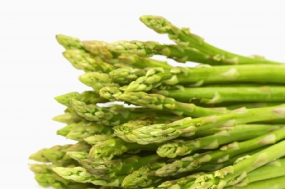 Caught red-handed? Not all foods rich in lycopene are red! Asparagus is one of the foods highest in lycopene and is a 'trendy' veggie, featured in many common and gourmet meals.