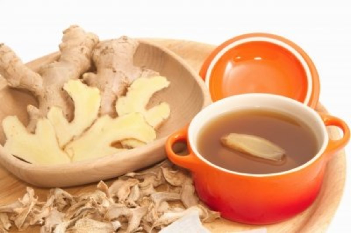 Ginger tea, also known as Tisane, is made by boiling fresh or dry ginger flakes in water. Often sweetened with honey, this soothing tea relieves nausea, reduces inflammation and fights respiratory problems.