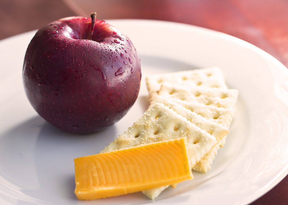 Breakfast: Cheese, saltines, and a small apple.