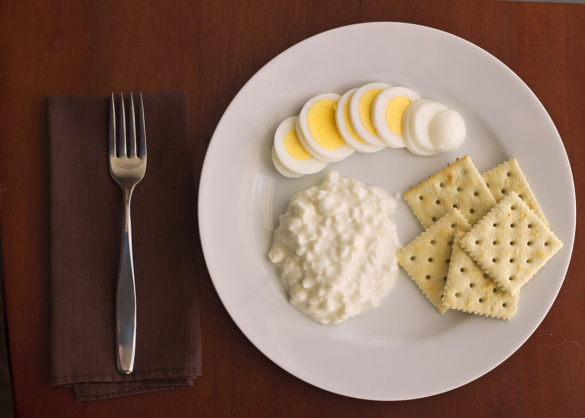 Lunch: Hard-boiled egg with cottage cheese and saltines.