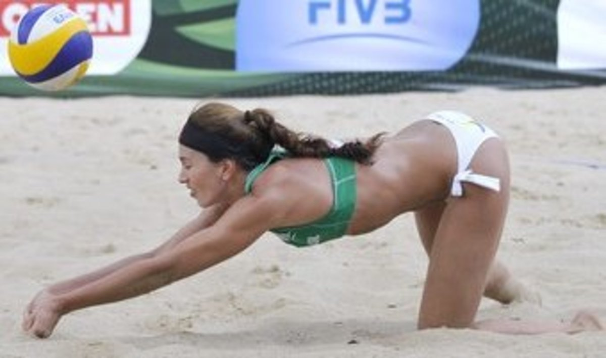 Maria Clara Salgado Rufino of Brazil was twice named as the world's best server. She played on the 2013 South American Championships bronze medal team.