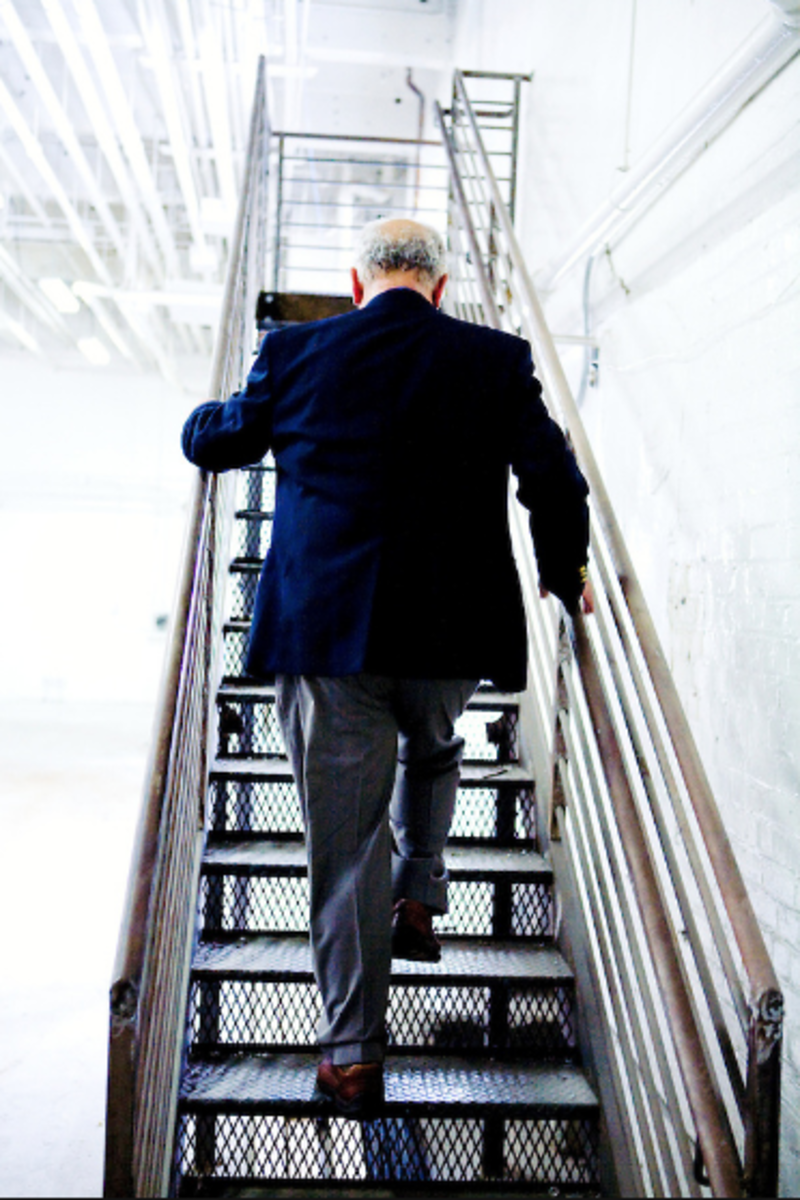 Taking the stairs instead of the elevator is a calorie burning habit that improves the whole body.