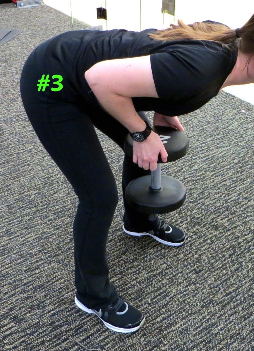 how-to-do-close-grip-rows-with-dumbbells