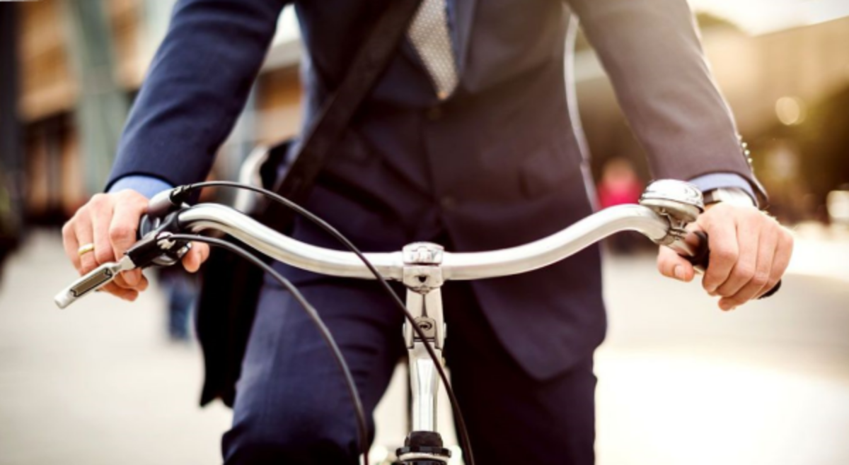 Cycling to work instead of driving is a good alternative to jogging.