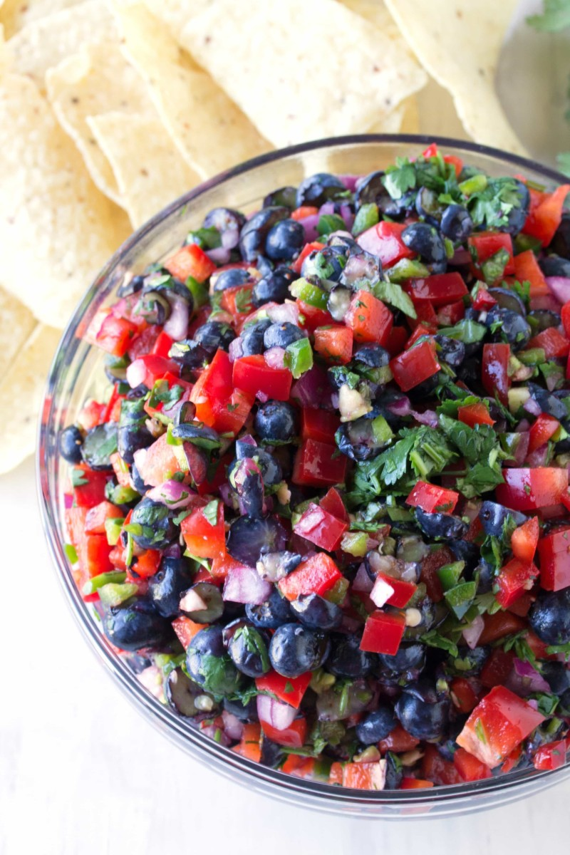 exploring-blueberries-and-huckleberries