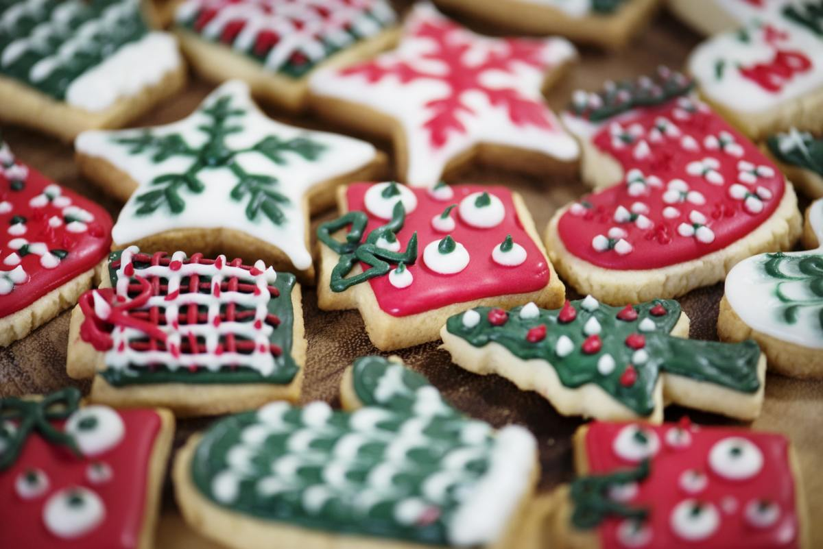 Why snack on regular cookies when you can save space for these amazing Christmas cookies instead?