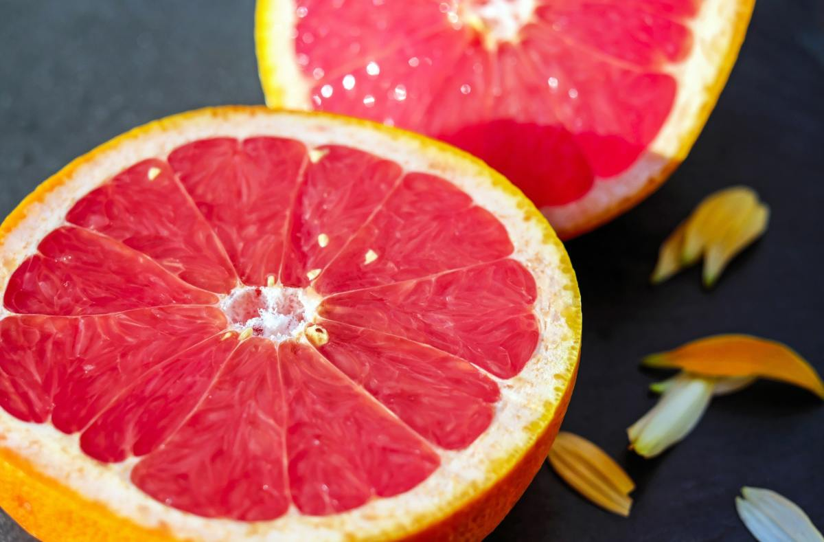 Sweet and refreshingly tart at the same time, pink grapefruit is a delicious and nutritious option to get your daily dose of vitamin C and essential minerals.