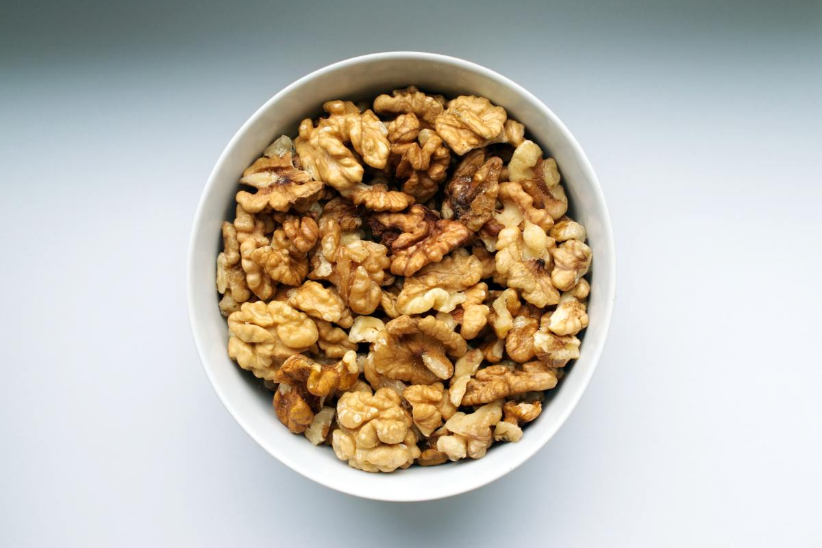 Walnuts make an easy anti-inflammatory snack.