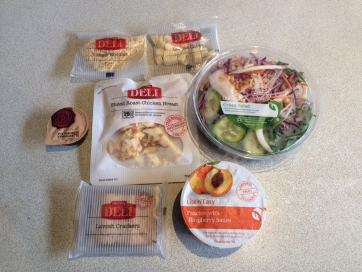 A typical day of Lite 'n Easy lunch and snacks.