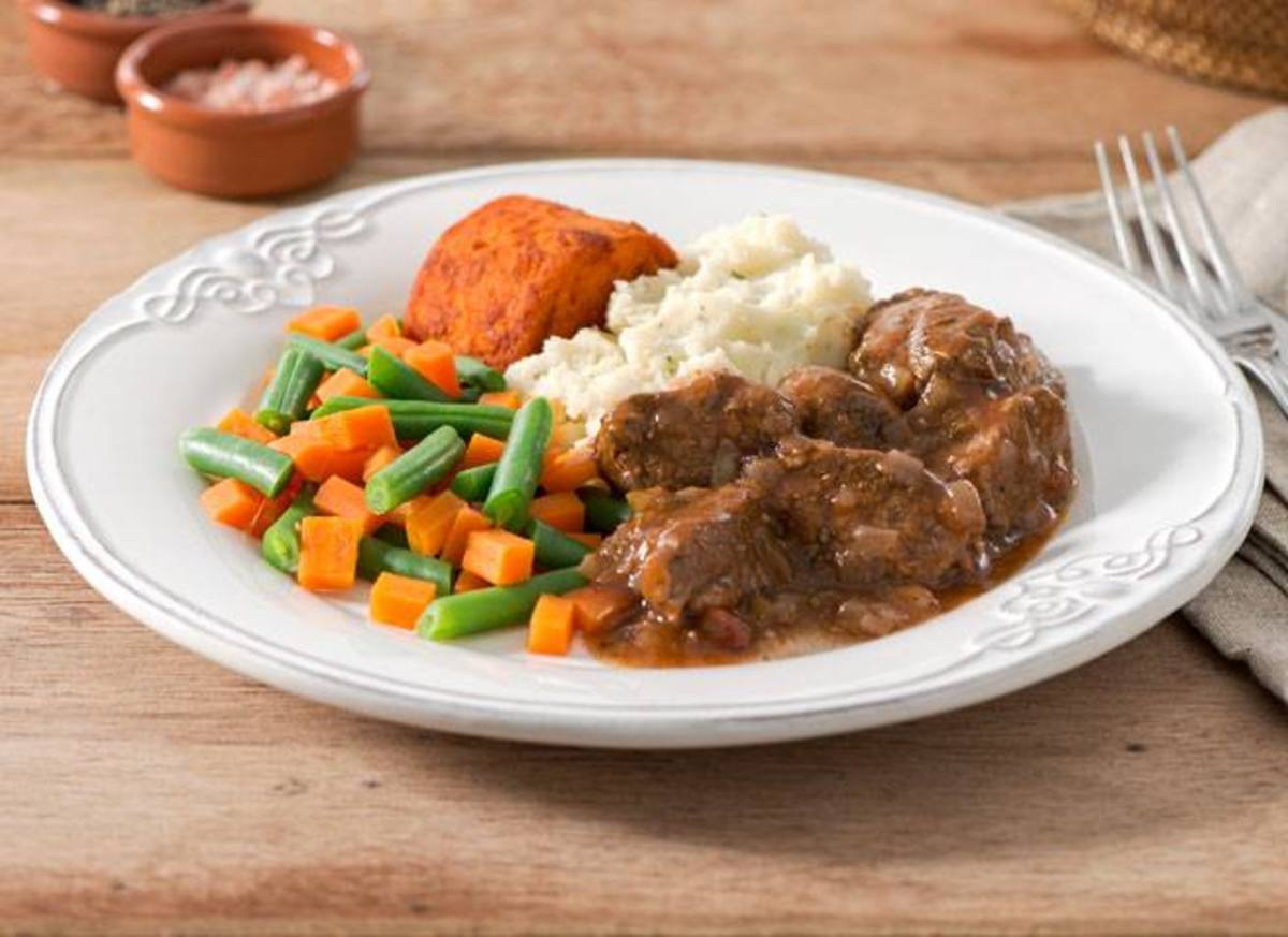 One of the promotional photos of a Lite 'n Easy meal.  They don't look quite like this when you dish them out, however.