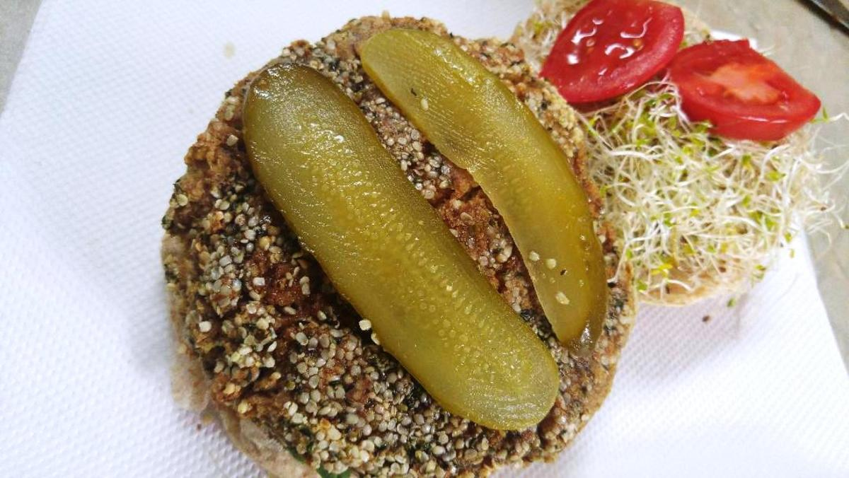 The Bodacious Burger: Hubby and I have use fewer seasonings in our burgers and instead go for some Bubby's natural dill pickles, tomatoes, sometimes ketchup or salsa to provide effect.  We also tend to use alfalfa sprouts instead of lettuce.