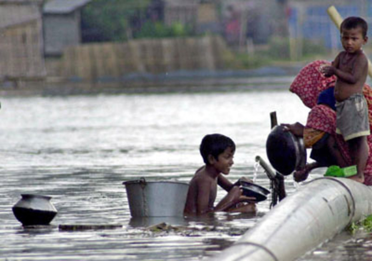 water problem in bangladesh The major problem bangladesh is facing now is the authoritarian regime of the present primeminister sheikhhasinashe established a totalitarian state by bringing in political loyalty to police and the judiciary.