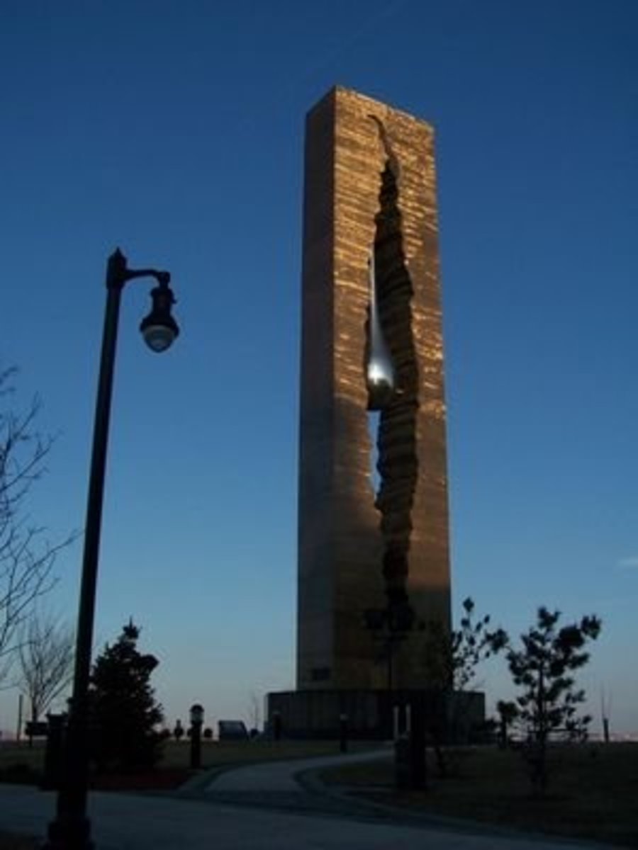 The Tear Drop Memorial: A 9/11 Monument From Russia