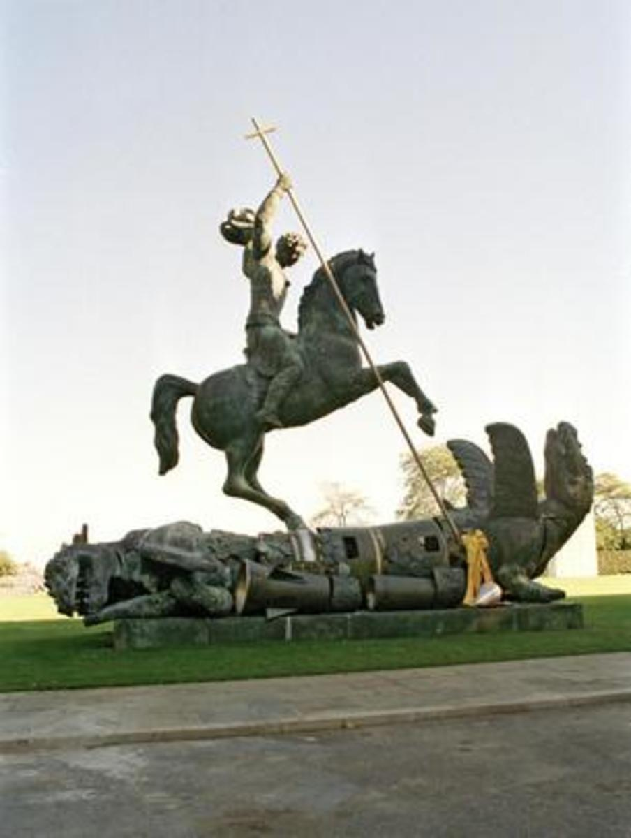 In another sculpture by Tsereteli, Saint George slays a nuclear-age dragon.