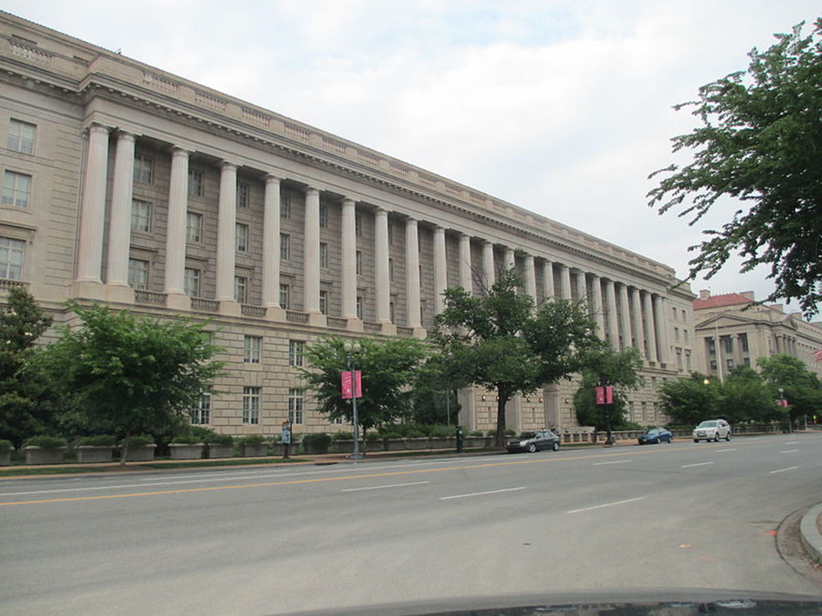 IRS Building in Washington D.C.  People against tax rises for the rich argue that government departments already waste much of the tax revenue raised.  Increasing taxes would just create more waste, as well as provide a disincentive for investment.