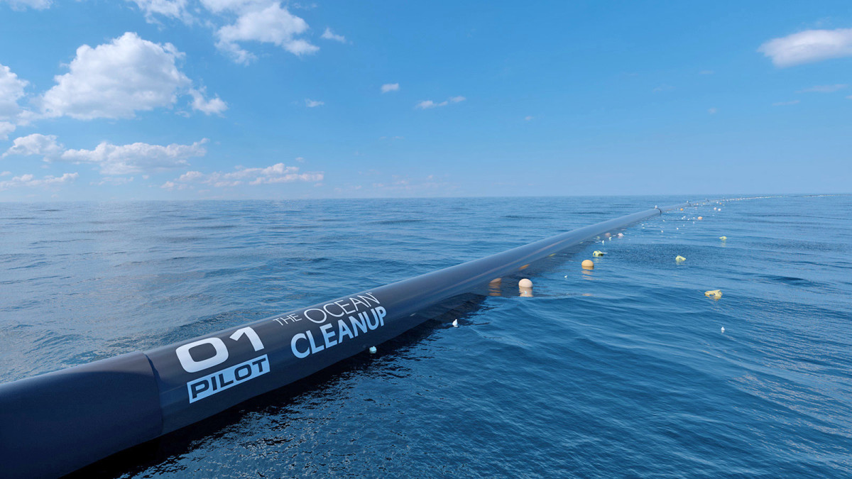 Floating tube used by The Ocean Cleanup