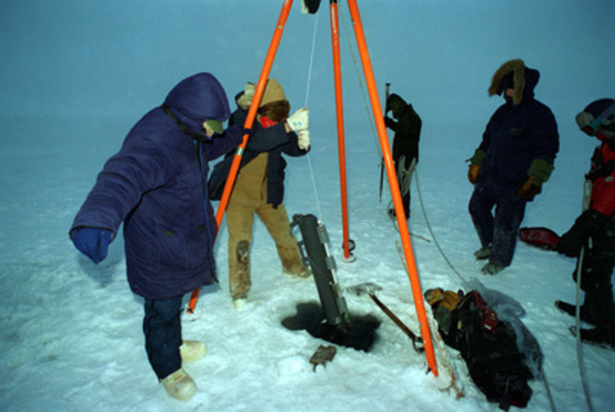Ocean Scientists Testing Pollution Detection Tools in the Arctic