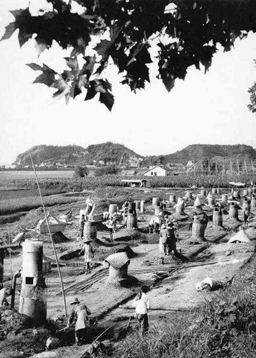 """Small """"backyard"""" Funraces at a Chinese commune in 1959"""