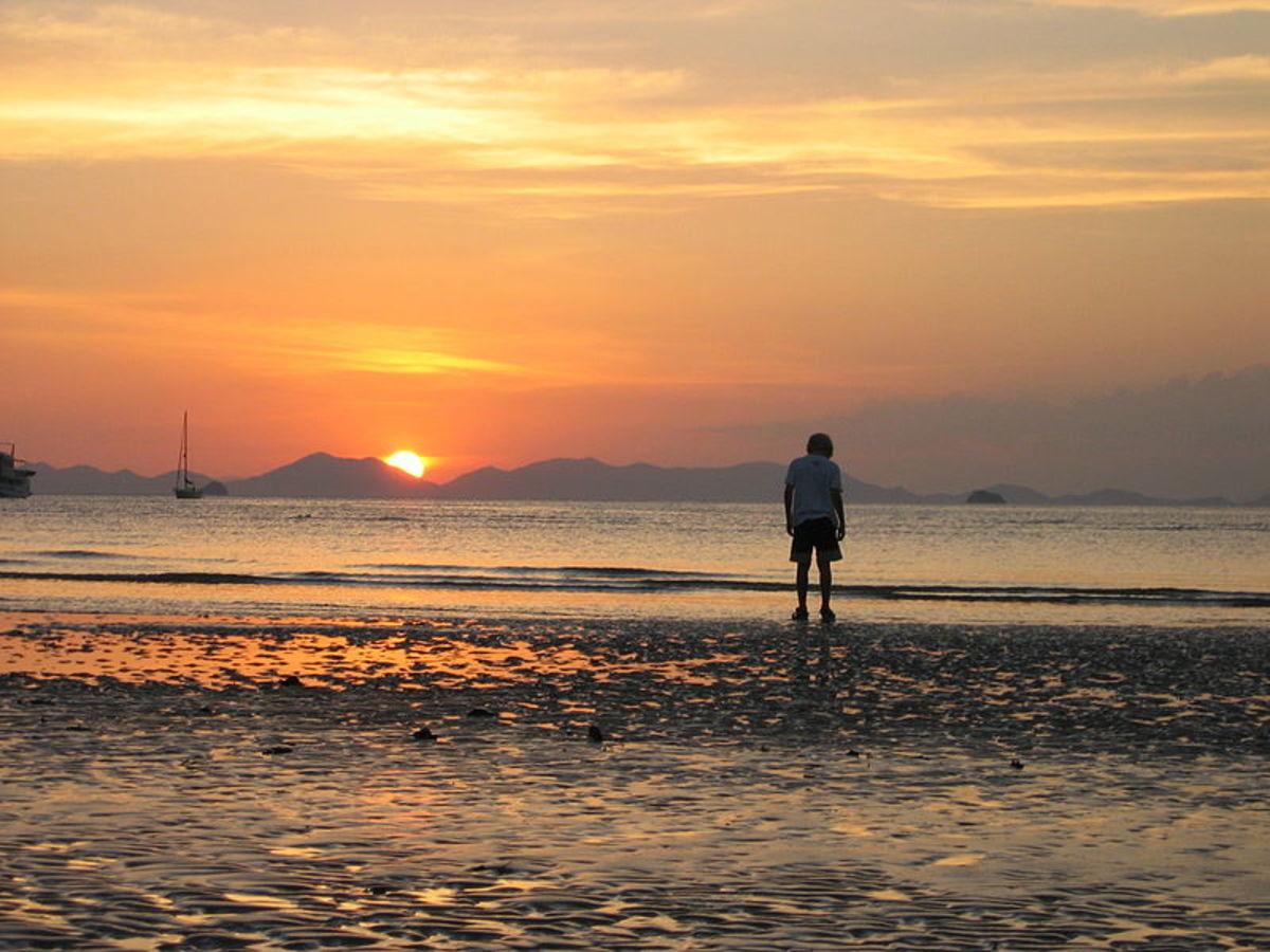 Child on a Thai beach.  Image courtesy Wikimedia Commons.
