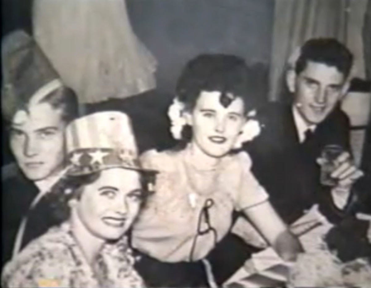 Elizabeth Short Partying