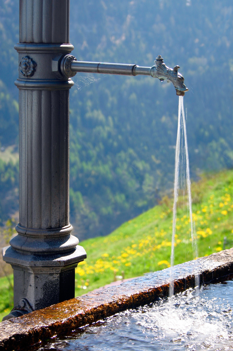 Here Switzerland provides the highest quality treated water in the world for free to everyone who lives there.