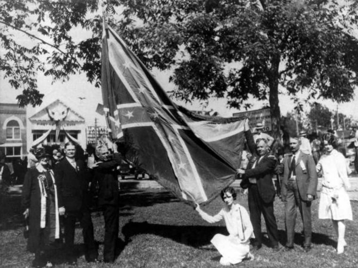 Flag at United Confederate Veterans reunion in Marianna, Florida, 1927