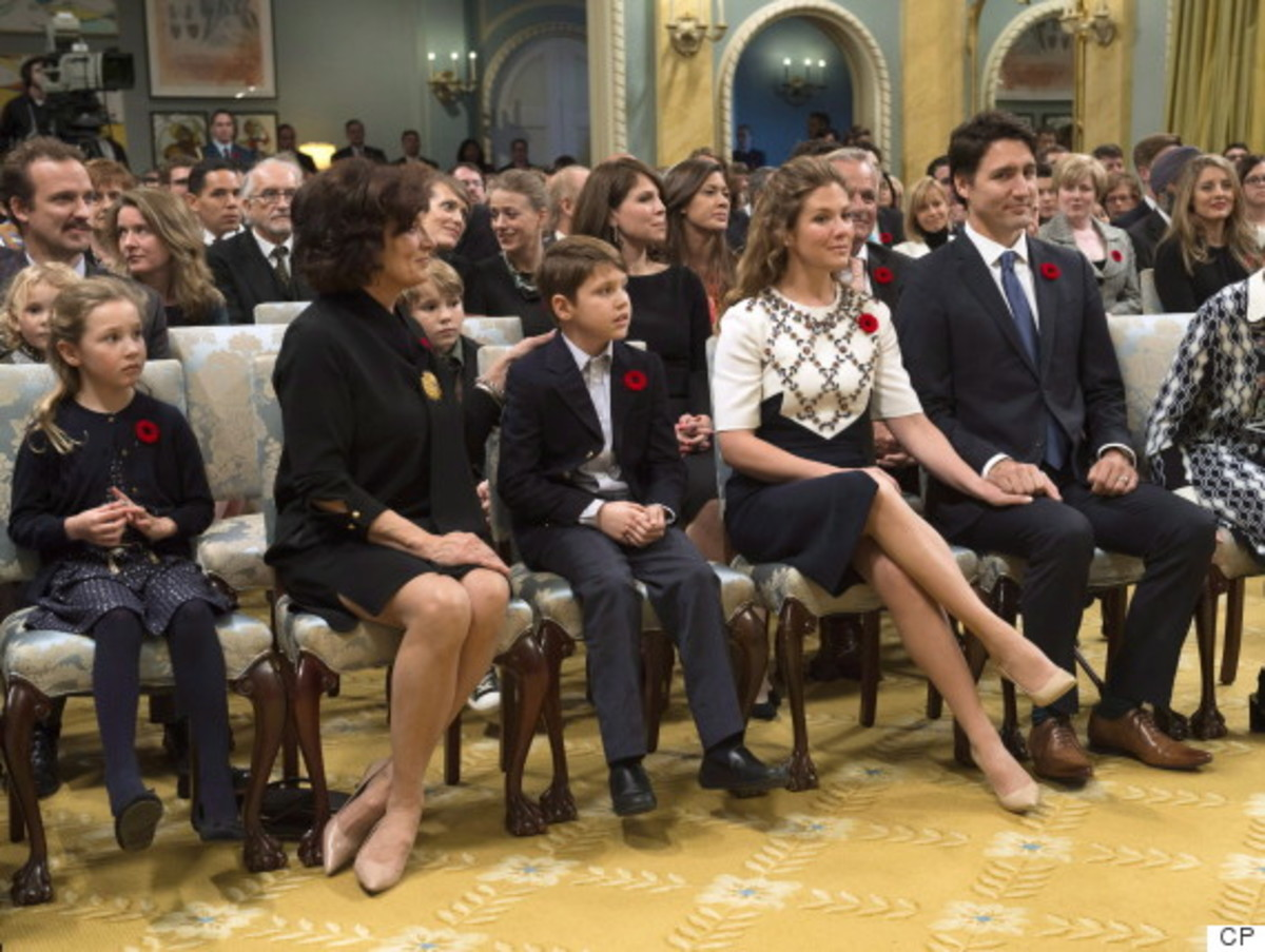 Justin with his family and his mother at  a ceremony at Rideau Hall in Ottawa (Nov 4, 2015).