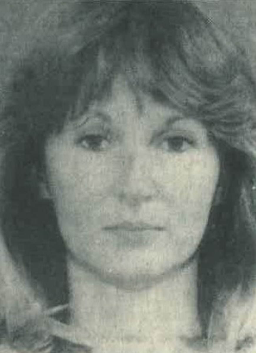 The Runaway Wife: Joy Davis Aylor and the Murder of Rozanne Gailiunas