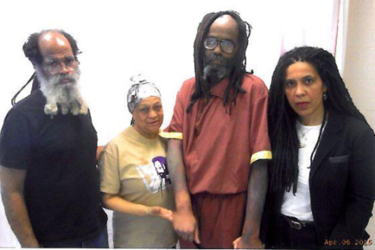 A frighteningly frail Mumia Abu Jama with a terrible skin condition which his family and supporters claim is not being treated properly by the Pennsylvania Department of Corrections.