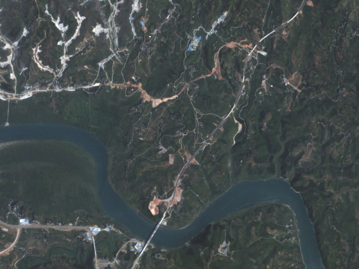 A satellite image of the Han river.
