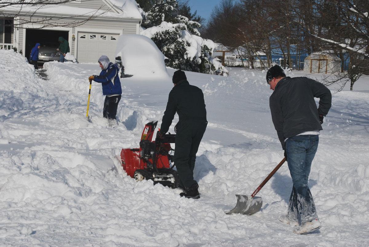 Neighbors Working