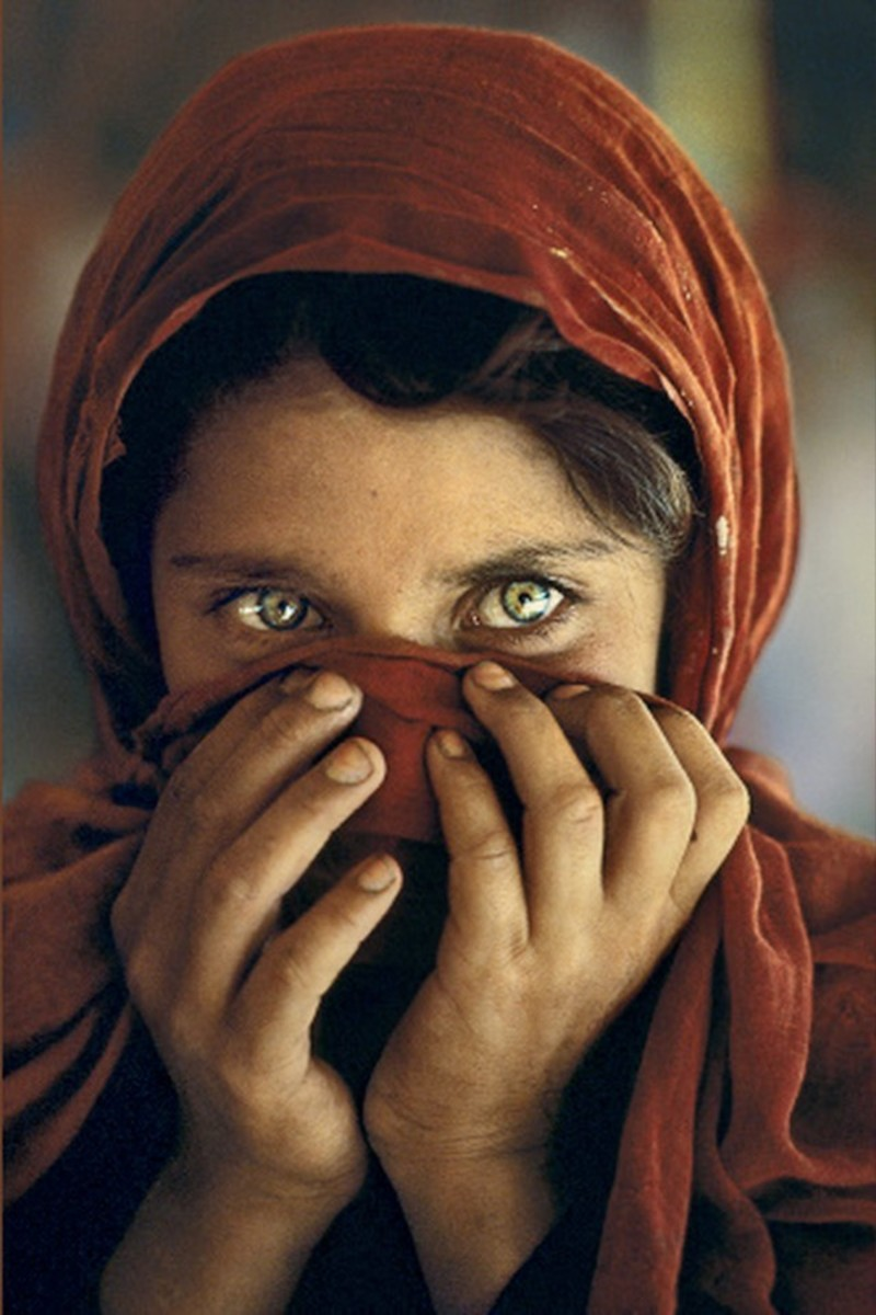 female-refugee