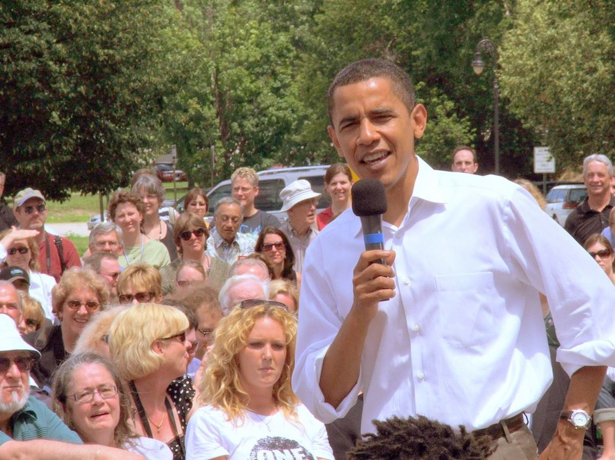 Barack Obama campaigning in 2007