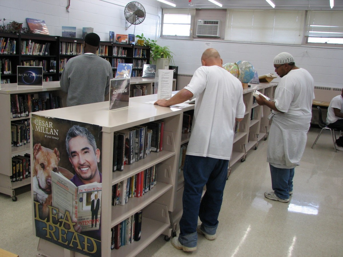 a-typical-day-in-a-prison-library