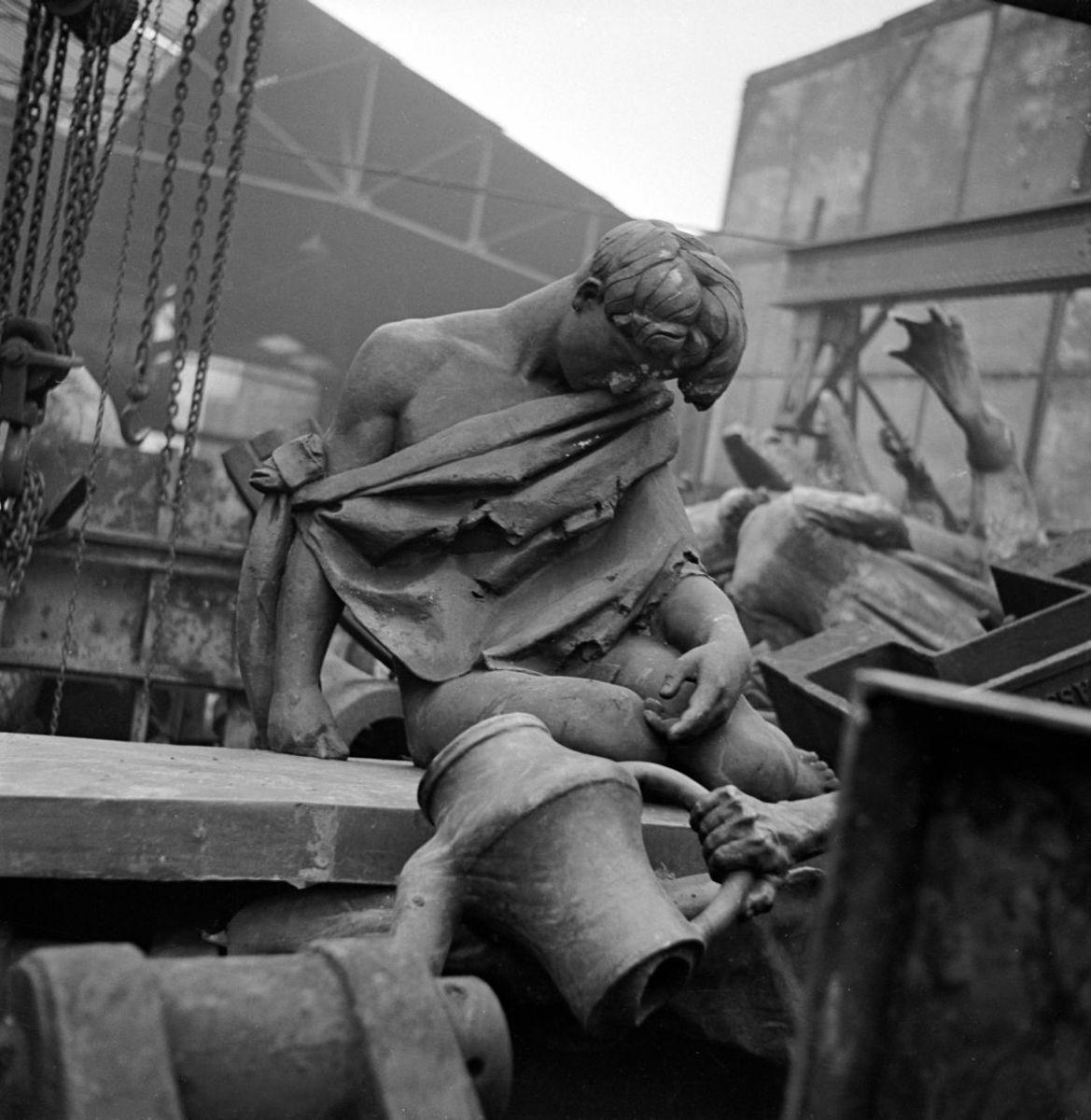 Monuments Detroyed