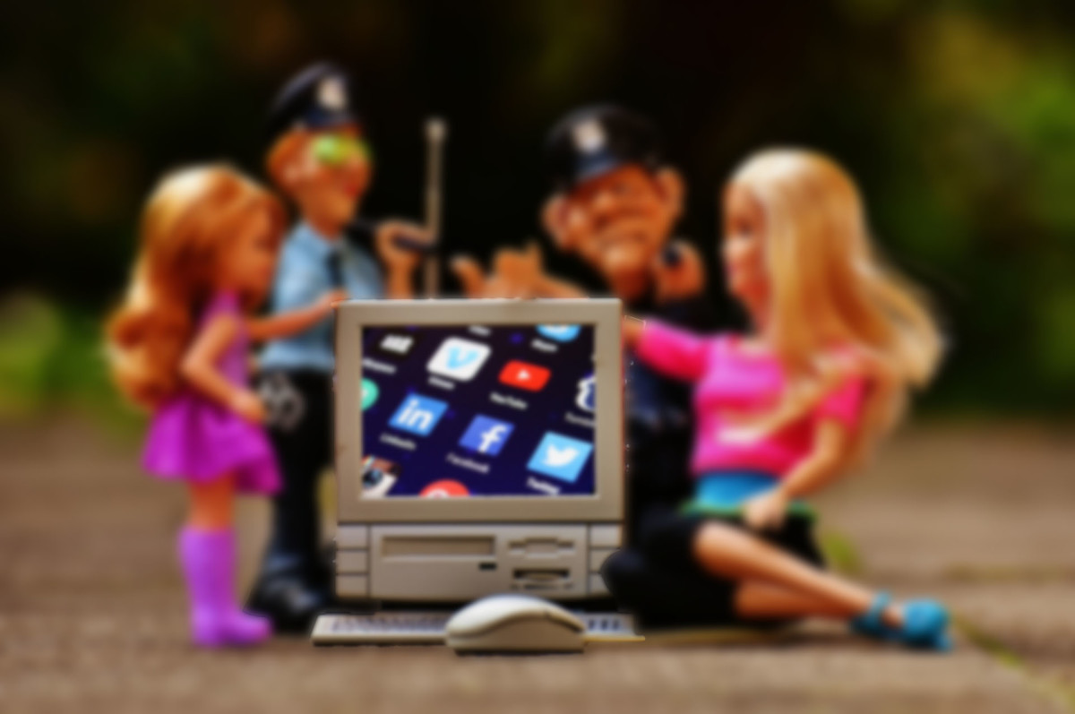 Police fining parent for cyberbullying