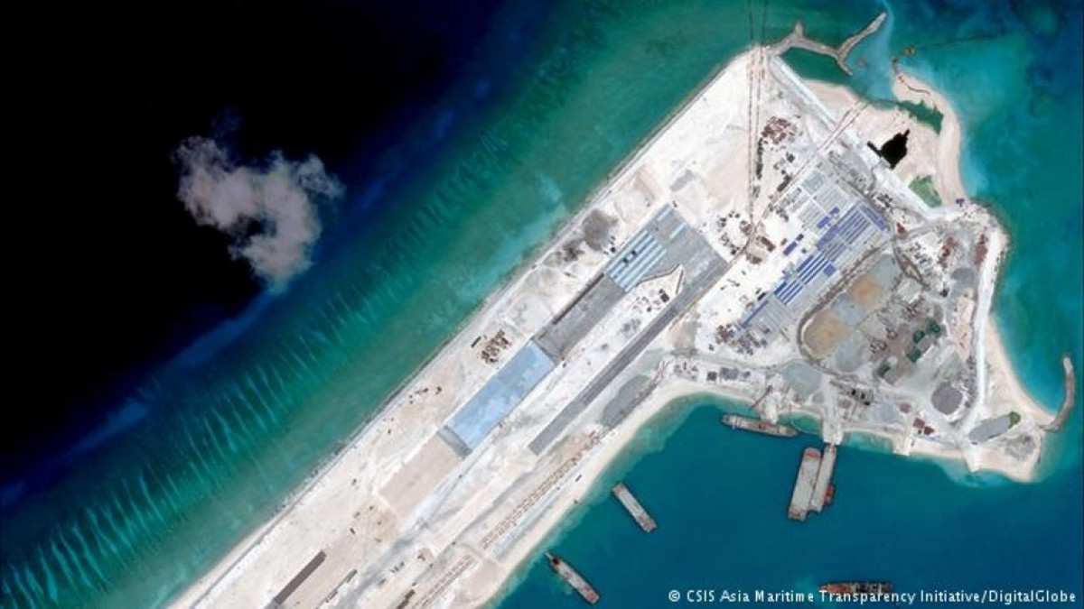 China's expanding the construction of its facilities on Fiery Cross Reef, provided by the Asia Maritime Transparency Initiative (AMTI).