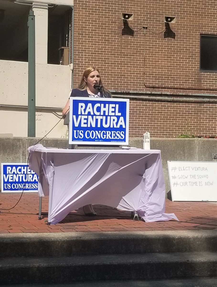 Rachel Ventura announcing her candidacy for Illinois 11th Congressional District in Downtown Joliet Saturday July 20, 2019.