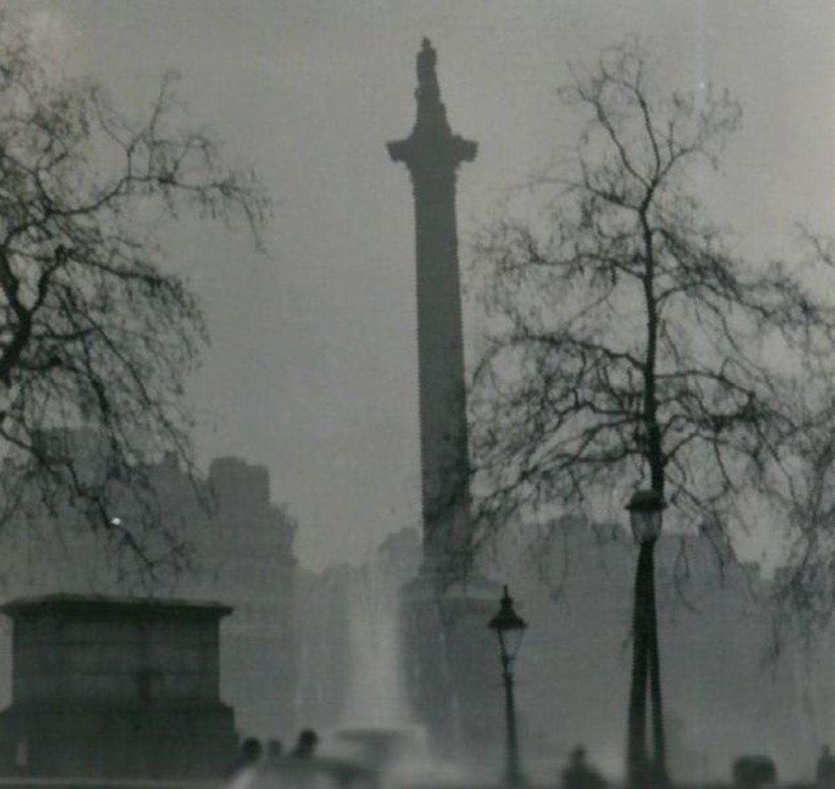Nelson's Column in London during the Great Smog of 1952