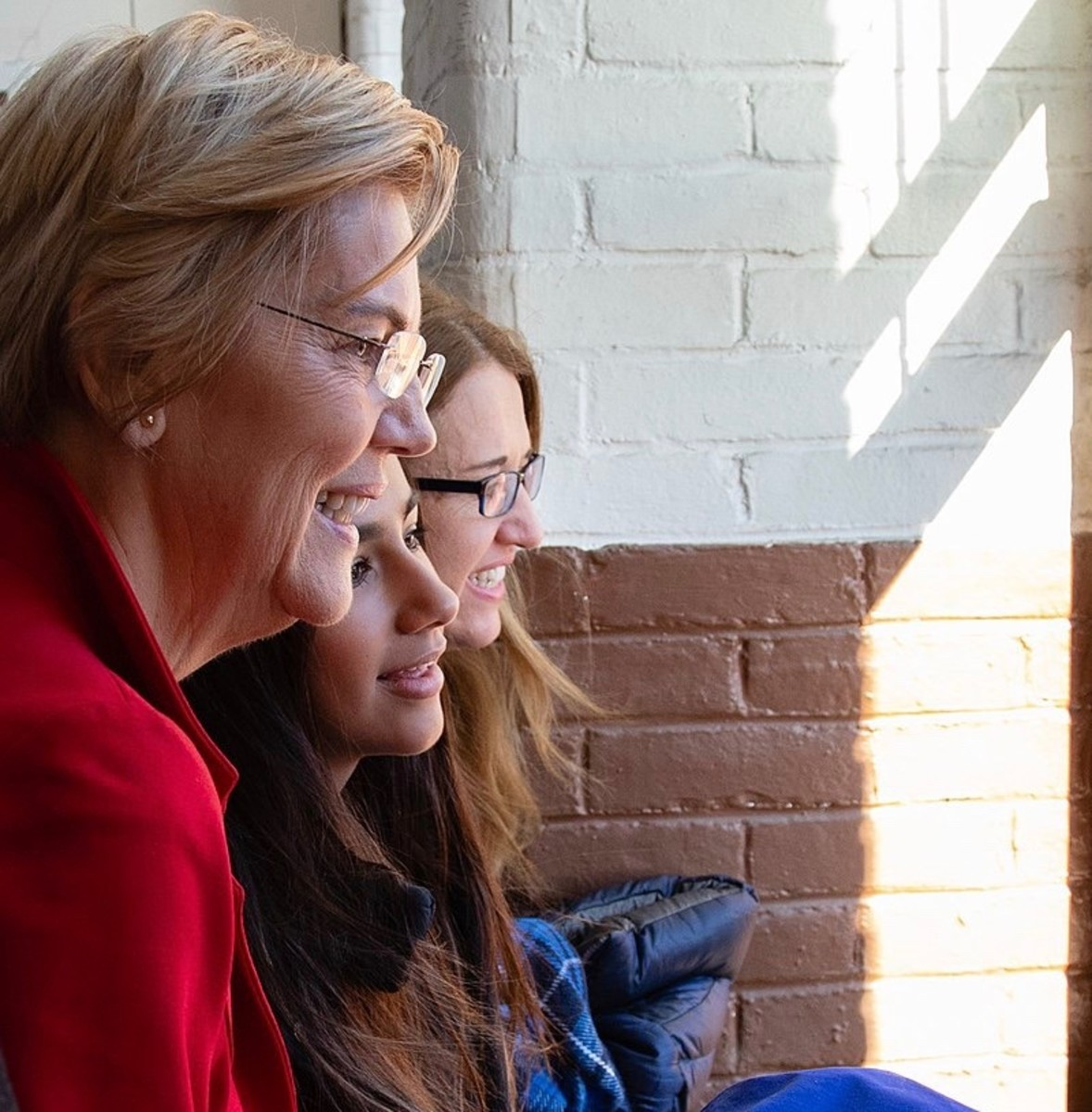 Elizabeth Warren with of her daughters and a granddaughter just before announcing her candidacy for US President.