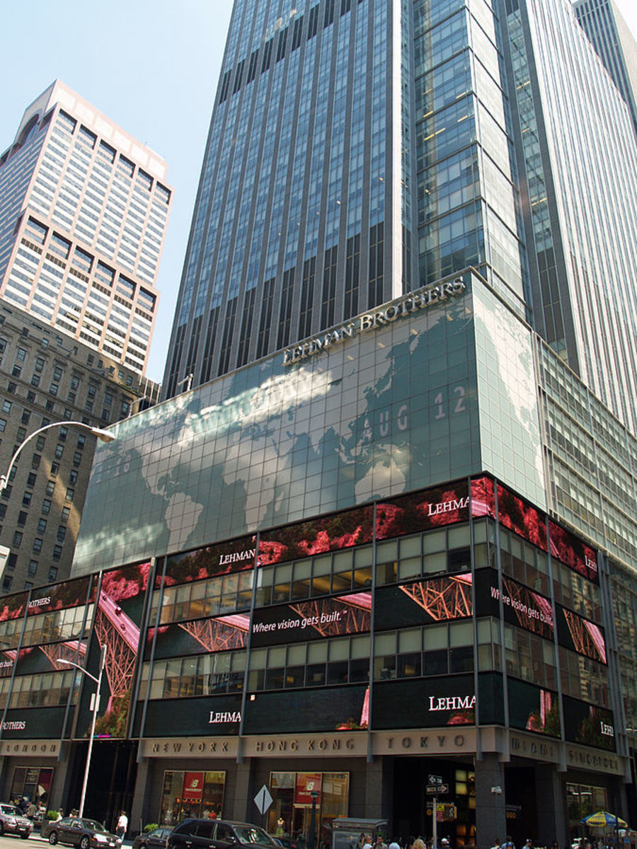 Photograph of Lehman Brothers Rockefeller Center Headquarters (2007); Photograph by David Shankbone courtesy of Wikimedia Commons. The Photographer has released this work with some rights reserved (see license): https://creativecommons.org/licenses/b