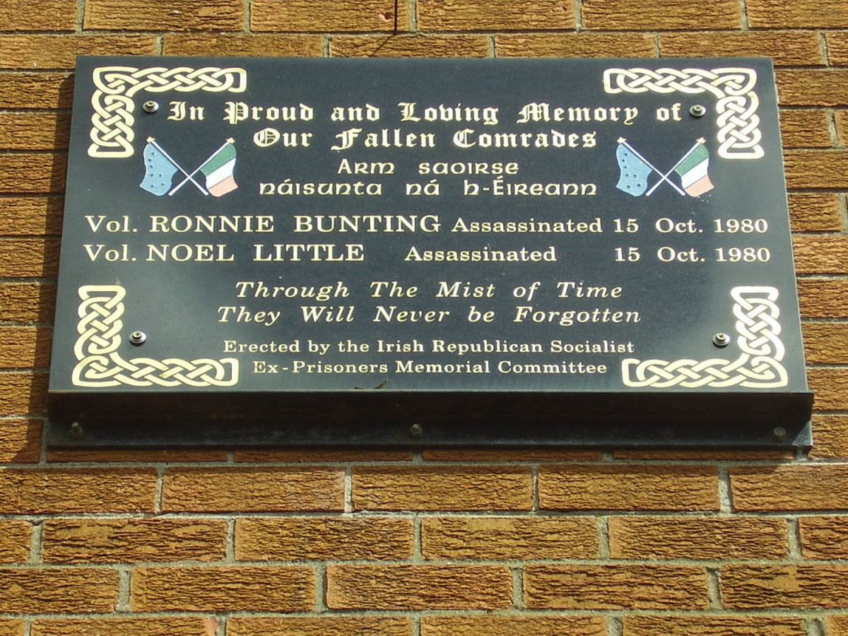 Noel Little and Ronnie Bunting Remembrance Plaque