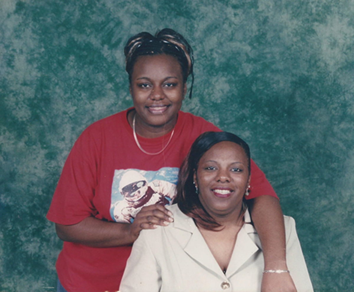 LaQuanta and her mother, Pam.