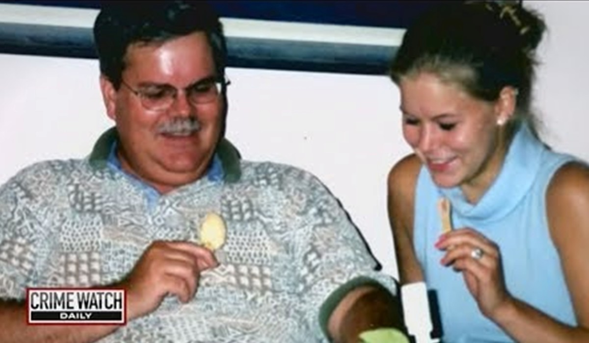 Robert Cooke promised he would never stop searching for his daughter Rachel Cooke who vanished January 10, 2002. Photo courtesy of Crime Watch Daily.