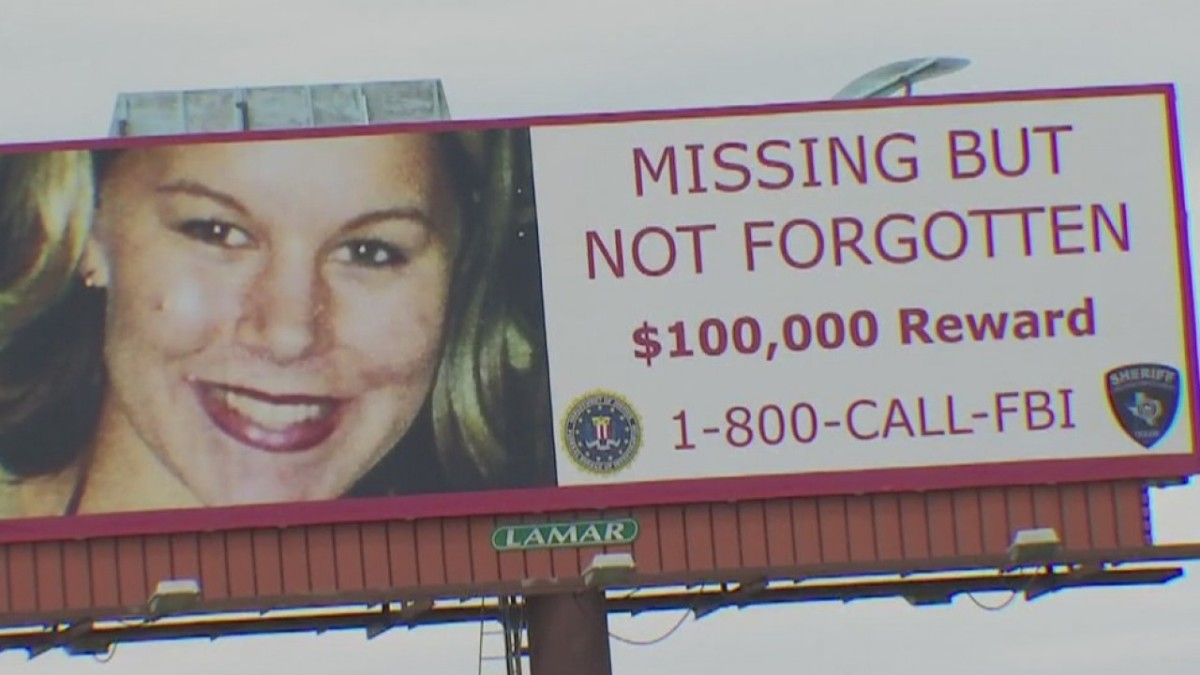FBI billboard offering a $100,000 reward for information leading to the whereabouts of Rachel Cooke who vanished January 10, 2002.