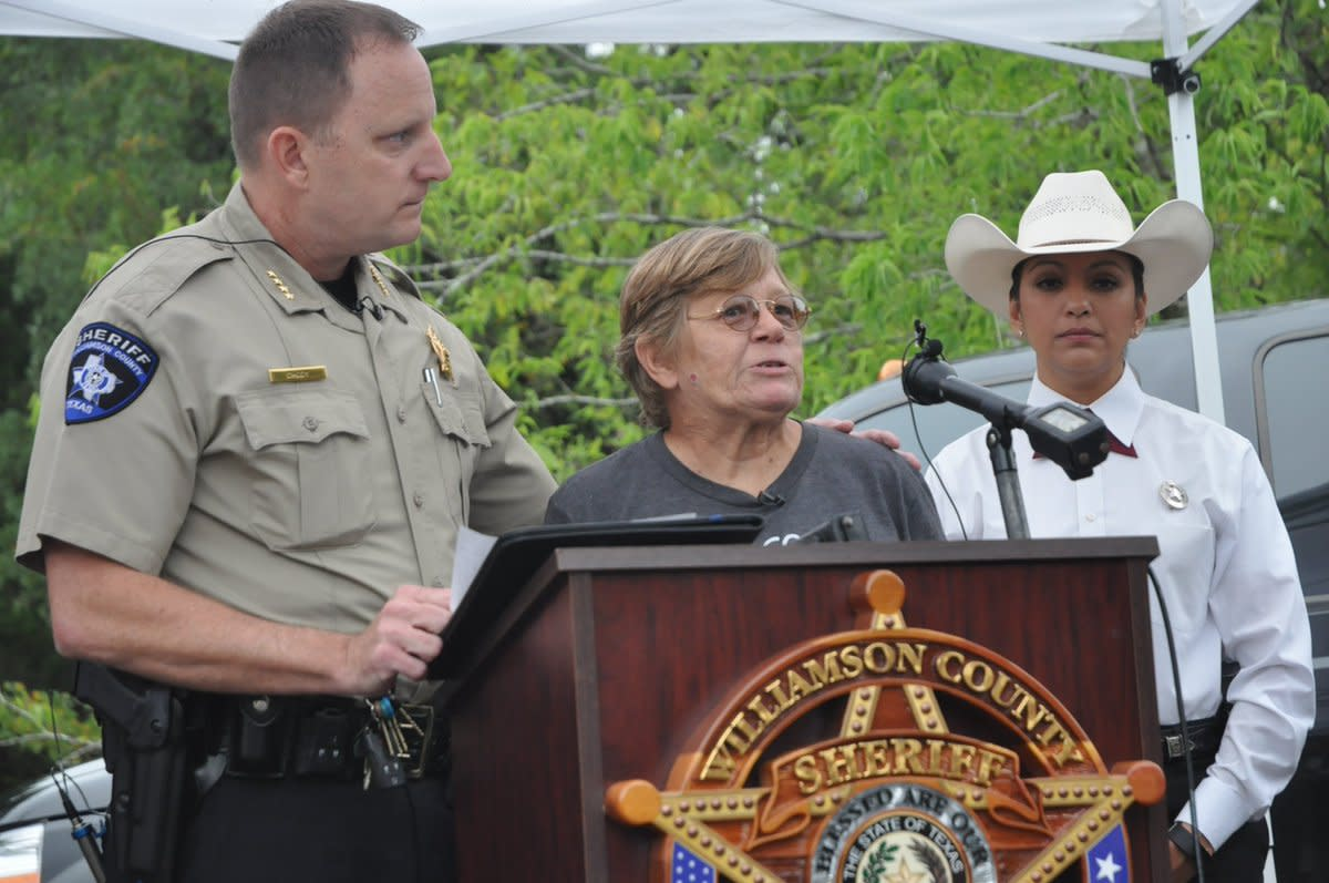 Williamson County Sheriff and Janet Cooke at a press conference in Georgetown, Texas where Rachel Cooke vanished on January 10, 2002.
