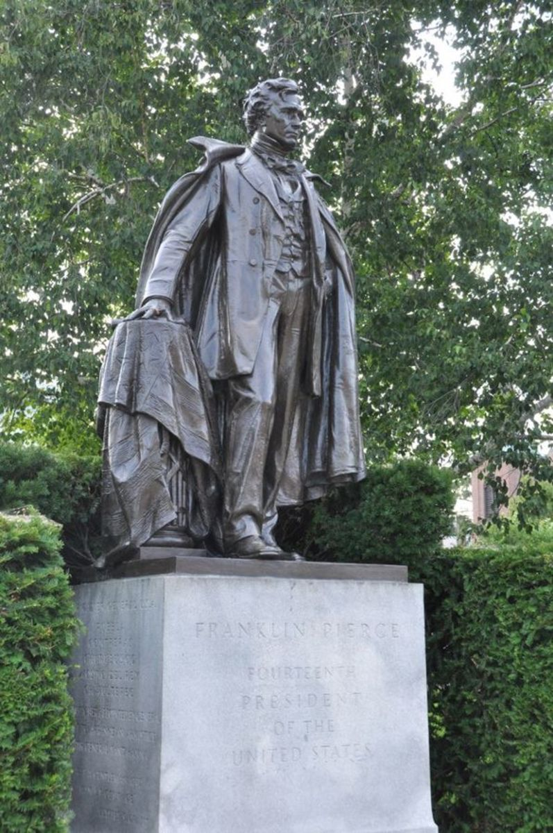 Statue of Franklin Pierce at the New Hampshire State House, Concord, New Hampshire.