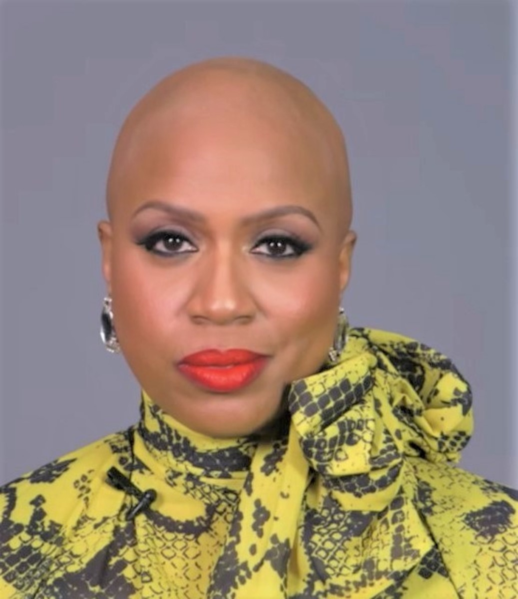 Ayanna Pressley Is Courageous for Revealing Her Alopecia